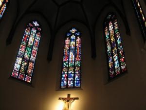 Церковь Св. Петра Старого в Страсбурге, современные витражи католической части