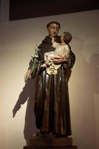 Церковь Св. Петра Старого в Страсбурге, статуя св. Антония в католической части