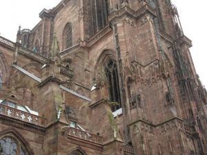 Кафедральный собор Страсбурга, конные статуи монархов