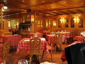 Интерьер ресторана «Старая таможня» в Страсбурге