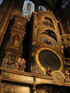 Кафедральный собор Страсбурга, интерьер, астрономические часы