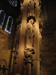 Кафедральный собор Страсбурга, интерьер, Колонна ангелов