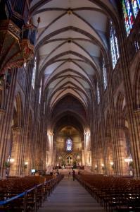 Кафедральный собор Страсбурга, интерьер, центральный неф