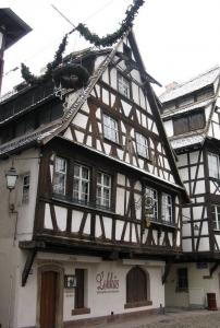 Старинная харчевня Lohkäs, Страсбург