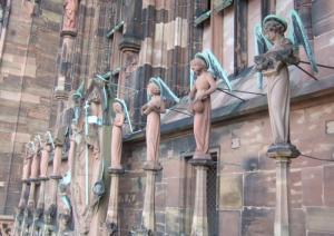 Кафедральный собор Страсбурга, портал центрального фасада, группа Вознесения