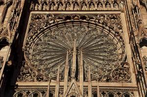 Кафедральный собор Страсбурга, портал центрального фасада, розетка