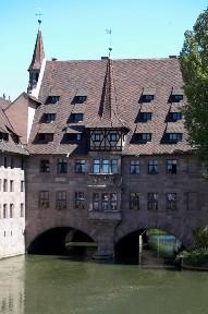 Дом на воде, богадельня Святого Духа в Нюрнберге, Германия
