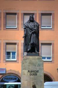 Памятник Дюреру в Нюрнберге, Германия
