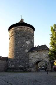 Башня Шпитлертортурм в Нюрнберге, Германия