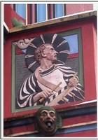 Барабанщик на балконе ратуши, Базель, Швейцария