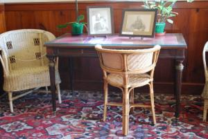 Мастерская в доме Клода Моне, кресло