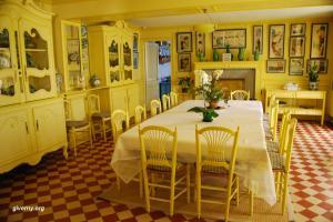 Столовая в доме Клода Моне