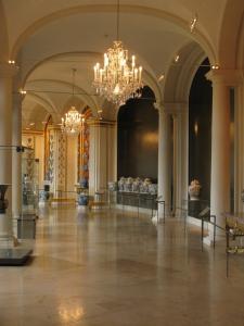 Восточная галерея, собрание фарфора в Цвингере, Дрезден