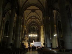 Церковь Святой Елизаветы в Будапеште, интерьер