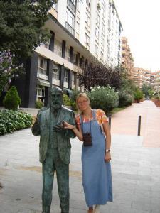 Памятник Гауди, Барселона, Испания