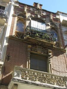 Дом Casa Querol, Реус, Испания