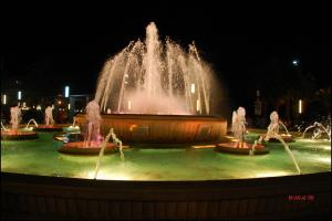 Светящийся фонтан в Салоу, Испания