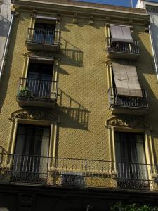 Дом на Raval de Santa Anna, Реус, Испания