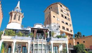 Дом Каса Риполь и Hostal del Sol, Таррагона, Испания